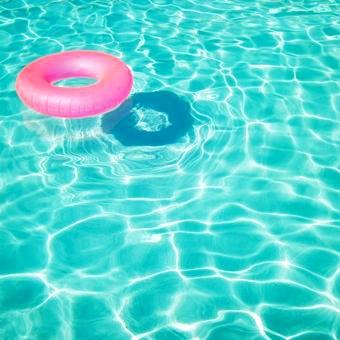 th_SwimmingPool
