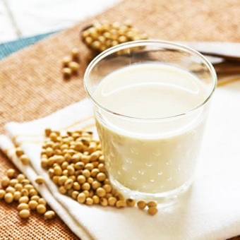 th_Soy-Milk-Recipe-Quick-Easy-Fresh-Soy-Milk